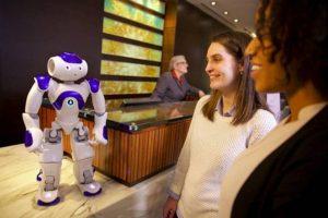 Robotų Lietuvos viešbučiuose dar teks palaukti