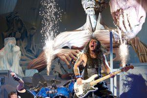 """""""Iron Maiden"""" koncerto organizatoriai pakeitė reklamą, kad ji negąsdintų vaikų"""