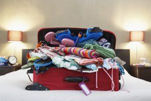 Atostogų sezonui artėjant: kaip sutaupyti vietos lagamine?