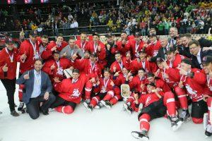 Lietuvos ledo ritulio rinktinei – aukso medaliai