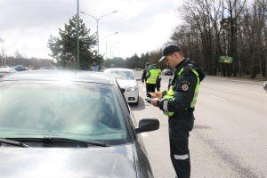 Girtieji prie vairo: bylų baigtis ir visuomenės reakcija