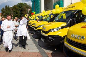 Savivaldybėms perduoti 157 mokykliniai autobusai