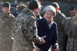"""Th. May: Britanija padės užtikrinti ES šalių saugumą netgi po """"Brexit"""""""