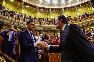 Ispanijos vyriausybė žlugo, valdžią perima socialistų opozicija