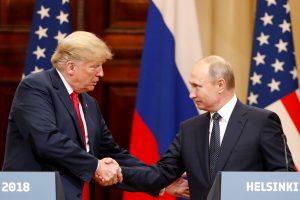 D. Trumpas teigia nedaręs jokių nuolaidų Rusijai