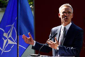 NATO vadovas: Turkijos planai įsigyti iš Rusijos raketų sistemų yra iššūkis Aljansui
