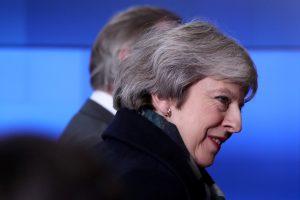 Konservatorių pareigūnas: bus balsuojama dėl nepasitikėjimo premjere T. May