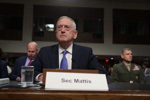 J. Mattisas: JAV patiria Kinijos ir Rusijos augančią grėsmę