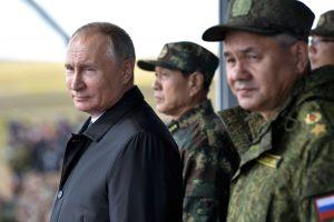 Gynybos ministras: Rusija nesiruošia karui ir nieko nepuls