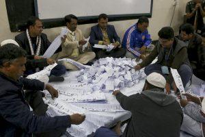 Susirėmimų aukų per rinkimus Bangladeše padaugėjo iki 19-os