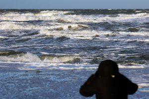 Estijoje žuvo iš kelto iškritęs vyras