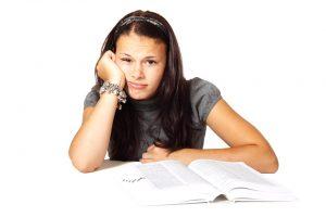 Tyrimas: moksleivių mokymosi rezultatai esant karštiems orams prastėja
