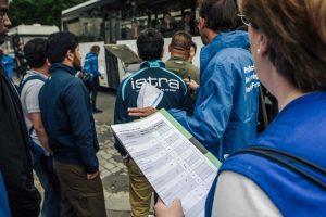 Paryžiaus policija evakuoja žmones iš dar dviejų migrantų stovyklų