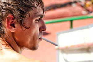 Seime nauji draudimai rūkaliams kels ginčus: vienas sulauks itin daug diskusijų