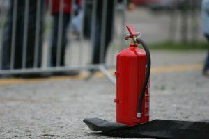 Rusijoje prekybos centre kilo gaisras, nukentėjo vaikai