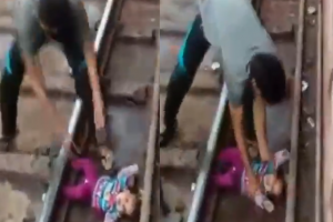 Ant bėgių iškritusį kūdikį pervažiavo traukinys: mažylei – nė įbrėžimo
