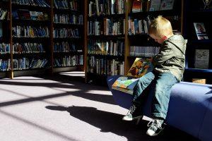 Skelbiami geriausių vaikų ir paauglių knygų apdovanojimų nominantai