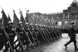 Pradeda viešinti dokumentus apie Raudonosios armijos nusikaltimus