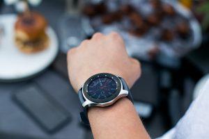 Perkate naują išmanųjį laikrodį? Viskas, į ką turite atkreipti dėmesį
