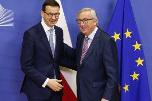 Lenkijos premjeras nori pakeisti ES nuomonę ginče dėl teisinės valstybės