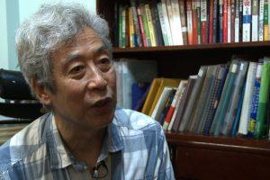 Kinijoje po pareigūnų pertraukto interviu dingo kinų valdžios kritikas