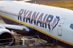 """""""Ryanair"""" streikas pykdo lietuvius: atšauktas skrydis į Londoną"""