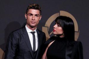 Gandai pasitvirtino: futbolininkas C. Ronaldo susižadėjo su mylimąja