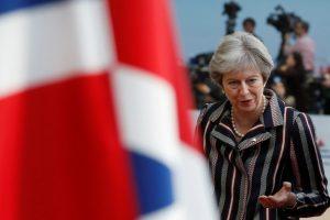 """Th. May """"Brexit"""" susitarimas gali būti prikeltas"""
