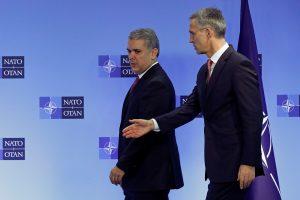 NATO: JAV laikosi branduolinių ginklų kontrolės sutarties, problema – Rusija