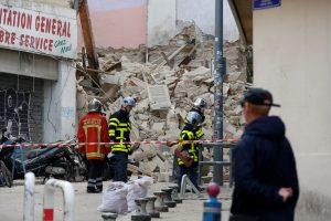 Marselyje sugriuvo du pastatai: sužeisti du žmonės