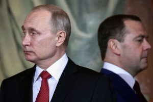 V. Putinas asmeniškai pristatys D. Medvedevo kandidatūrą į premjero postą
