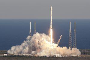 """""""SpaceX"""" raketa sėkmingai iškėlė Argentinos palydovą"""