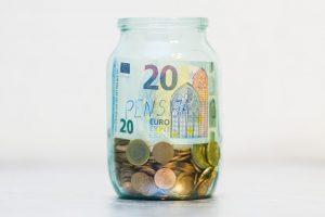 Tyrimas atskleidė, kas gyventojams padėtų sukaupti didesnes sumas pensijai