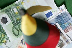 Naujausios prognozės: Lietuvos ekonomika augs lėčiausiai Baltijos šalyse