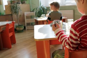 Vėl dairosi butų uostamiesčio vaikams