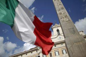 Italijoje žlugus deryboms dėl vyriausybės gresia nauji rinkimai
