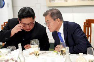 """Seulas nebevadina Šiaurės Korėjos """"priešu"""""""