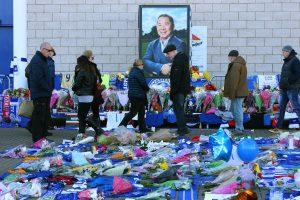 """Per sraigtasparnio katastrofą žuvo futbolo klubo """"Leicester City"""" savininkas"""