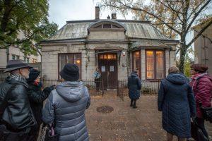 Kauniečiams – netradicinė teatro šventė: kviečia apsilankyti namuose