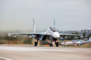 Sirijoje sudužus Rusijos naikintuvui žuvo abu pilotai (papildyta)