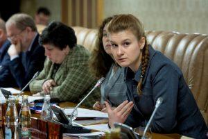 JAV areštuotos Rusijos agentės kaltintojai gynybai perduos 3 mln. dokumentų