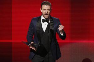J. Timberlake'as su mylimąja laukia pirmagimio