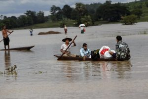 Dideli potvyniai Mianmare trukdo gelbėjimo darbams