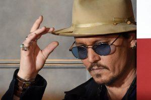 """Dėl J. Deppo operacijos dar kartą atidedamas """"Karibų piratų"""" filmavimas"""