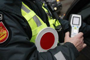 Per savaitę sostinės pareigūnams įkliuvo 37 neblaivūs vairuotojai