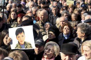 Paleisti N. Savčenko reikalauja ir Nobelio premijos laureatai