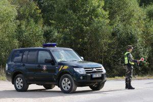 Pareigūnai sulaikė du nusikaltimais įtariamus vyrus