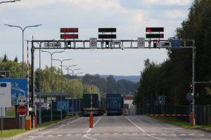 Pasienyje su Baltarusija galimos ilgesnės automobilių eilės