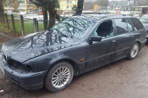 Šančių gyventoja prašo pagalbos: vagys neaplenkė ir jos BMW