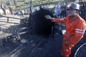 Dujų sprogimas Kinijos kasykloje nusinešė devynių žmonių gyvybes